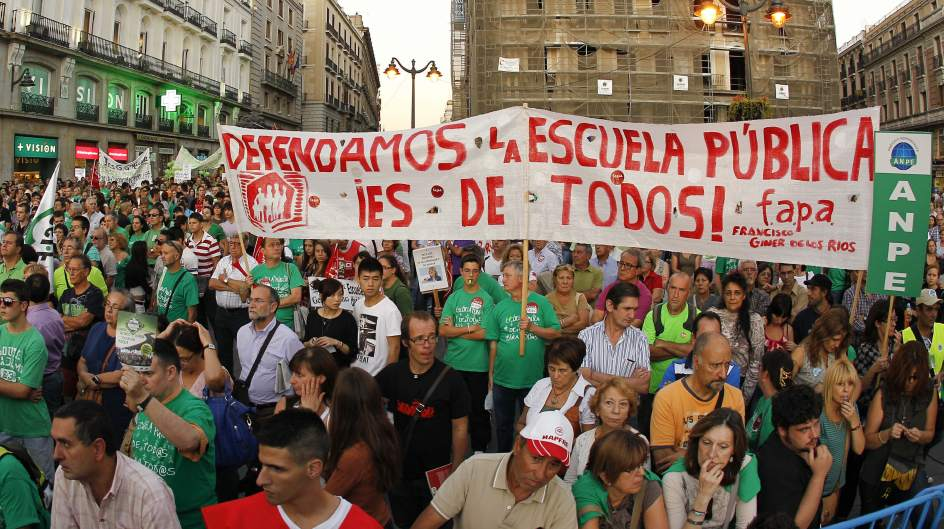 Protesta en defensa de la educación mediocre para todos.