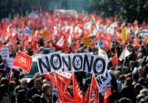 Protesta exigiendo que no se recorten los derechos sosciales