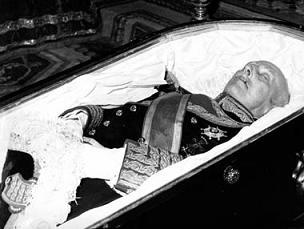 Cadaver de Francisco Franco